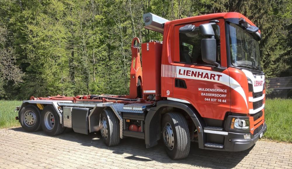 Fz.Nr. 9 Hakengerät Scania